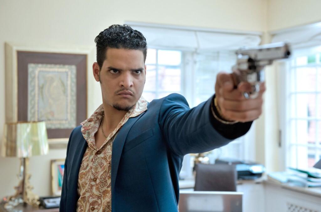 Batic und Leitmayr sollen den Mord an Karim aufklären, aber für ihre Ermittlungen sind ihnen die Hände gebunden.