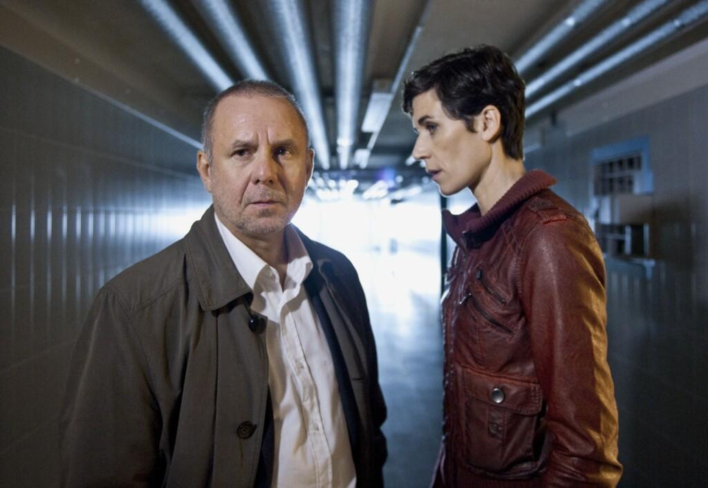 Hauptkommissar Frank Steier (Joachim Król) und Hauptkommissarin Conny Mey (Nina Kunzendorf).