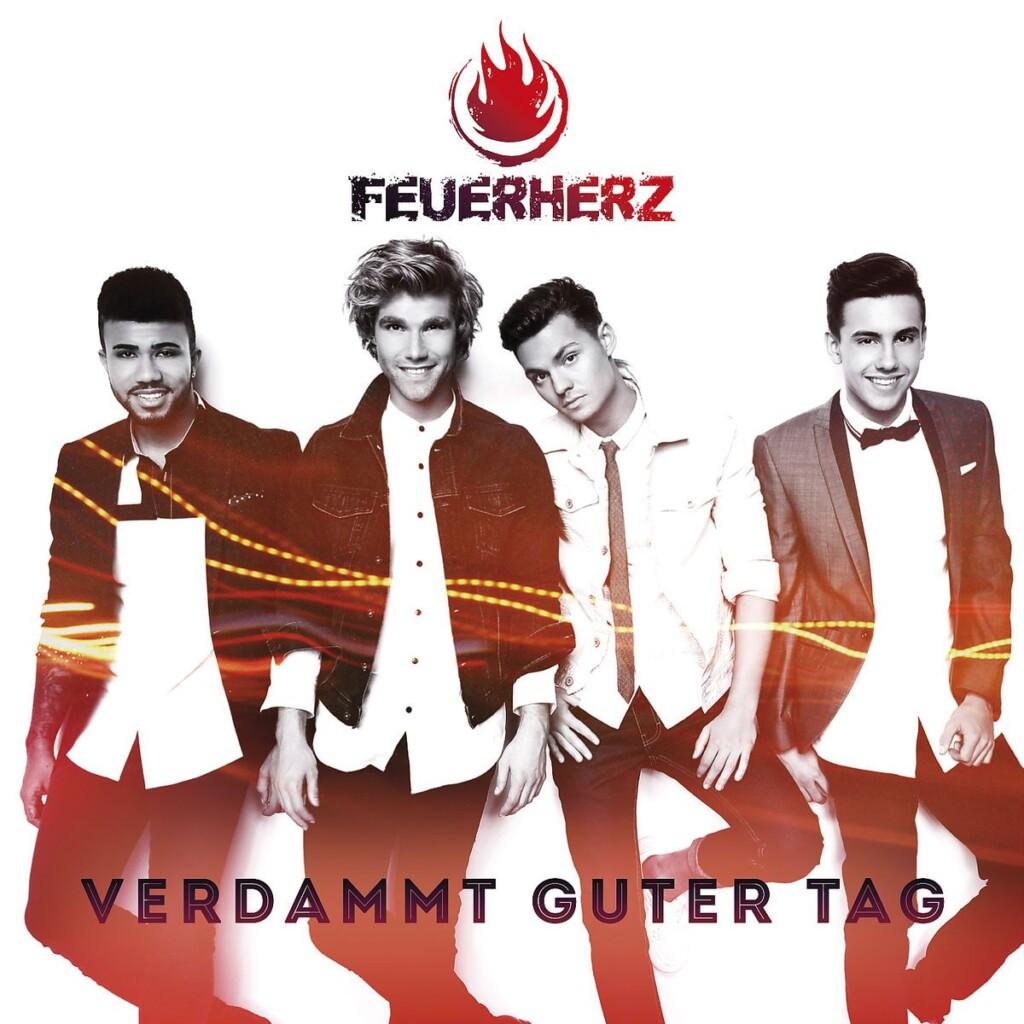 Die Schlager-Boyband Feuerherz mit ihrem ersten Album