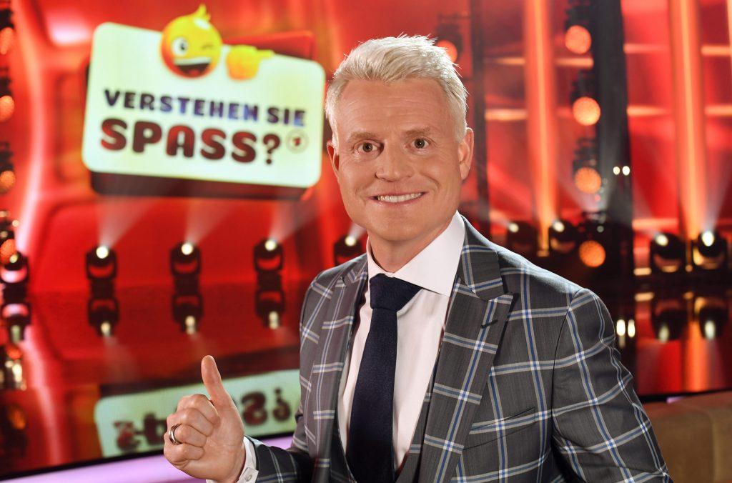 """""""Verstehen Sie Spaß?"""" - Die große SWR-Unterhaltungsshow mit Guido Cantz am Samstagabend um 20:15 Uhr im ERSTEN."""