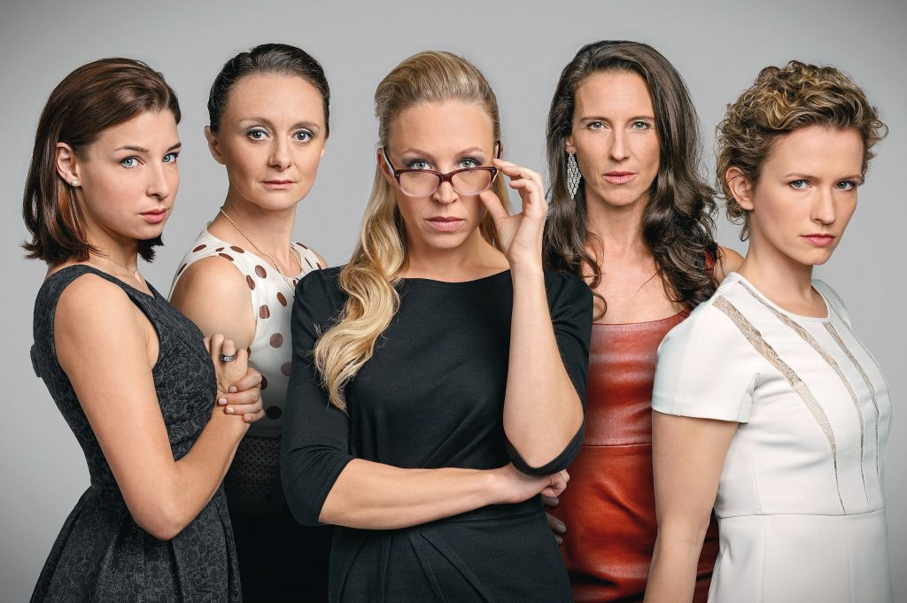 """Die neue Gesellschaftssatire """"Vorstadtweiber"""" in der ARD"""