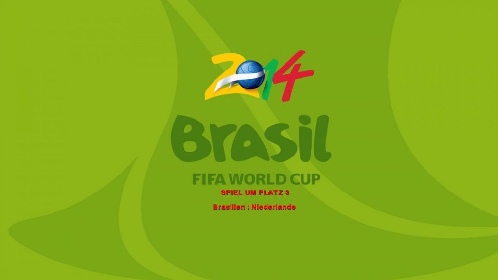 """Oliver Welke und Oliver Kahn begrüßen die Fußballfans heute Abend ab 20.15 Uhr von der Dachterrasse an der Copacabana zu """"ZDF WM live""""."""