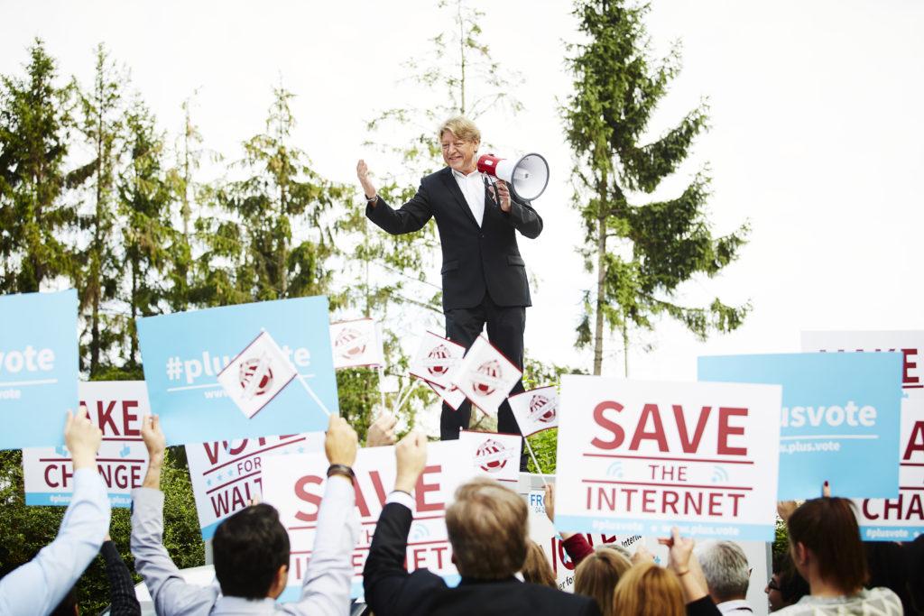 """Walter möchte der erste """"President of the Internet"""" werden."""