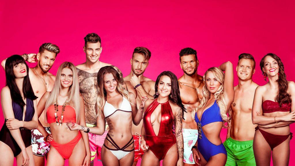 """RTL II entführt die Zuschauer in """"Love Island - Heiße Flirts und wahre Liebe"""" auf eine sonnige Insel."""