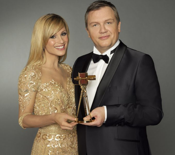 "Michelle Hunziker und Hape Kerkeling moderieren die ""Goldene Kamera 2014"""