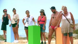 "Kampf der Realitystars 2021 Folge 8 - Gino, Jenny, Claudia, Kader, Cosimo und Silvia beim Spiel ""Cocktailparty"""