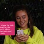 Melissa erhält eine Nachricht über ein Blind-Date