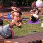 Yasin mit den anderen Islandern beim Workout