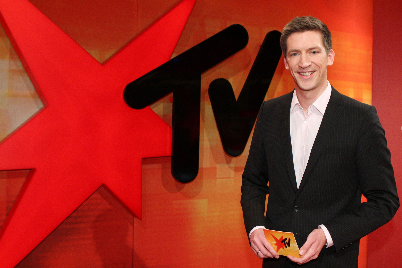Steffen Hallaschka moderiert stern tv