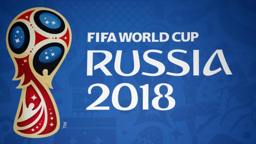 Neben Gastgeberland Russland haben sich weitere 31 Nationalmannschaften für das Turnier qualifiziert. Die Mannschaften aus Island und Panama nehmen zum ersten Mal an der Endrunde einer Fußball-WM teil.