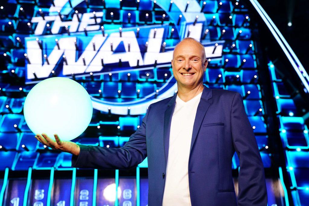 """""""Endlich eine Mauer, die Spaß macht"""": Frank Buschmann moderiert """"The Wall"""" bei RTL!"""