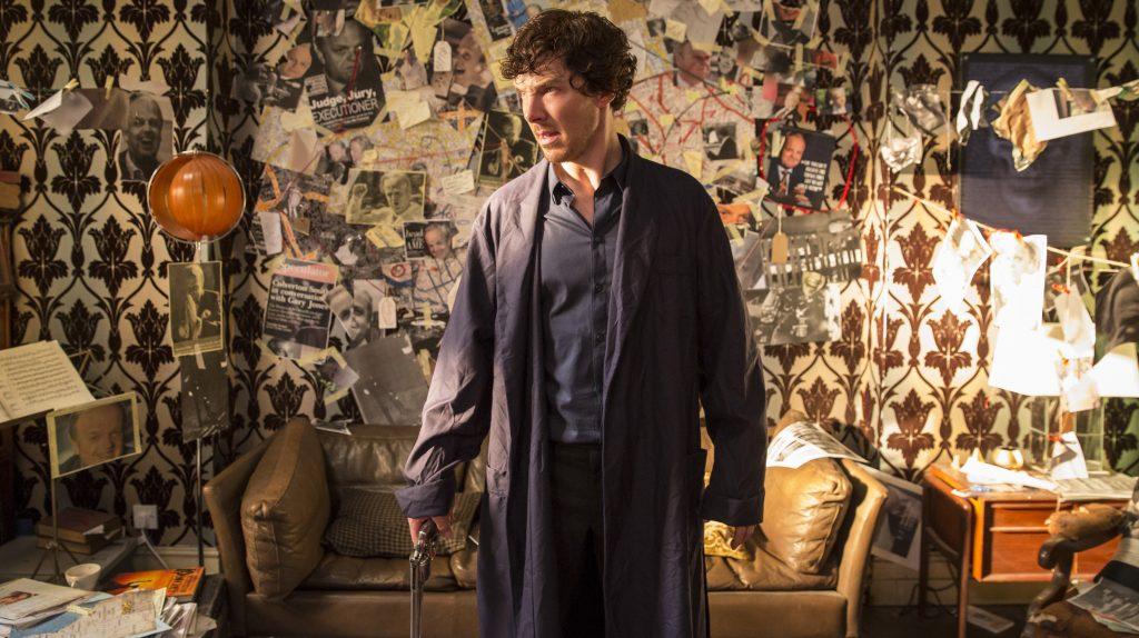 Sherlock (Benedict Cumberbatch) versucht den schmerzhaften Verlust seines Freundes Dr. John Watson selbstzerstörerisch mit Drogen zu betäuben.
