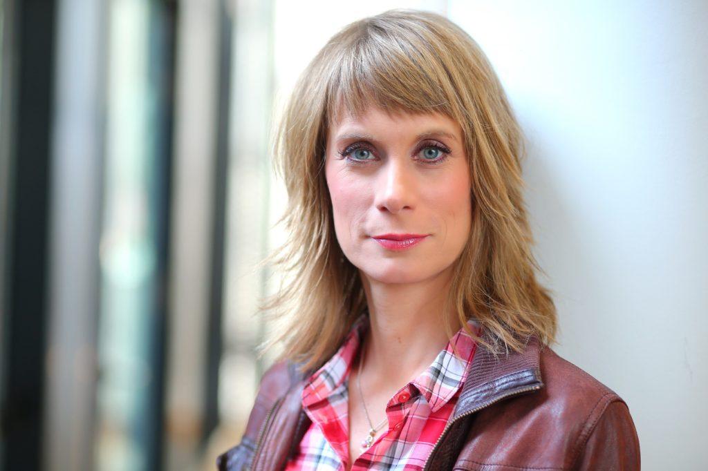 Sandra Eckardt sucht nach vermissten Personen bei RTL